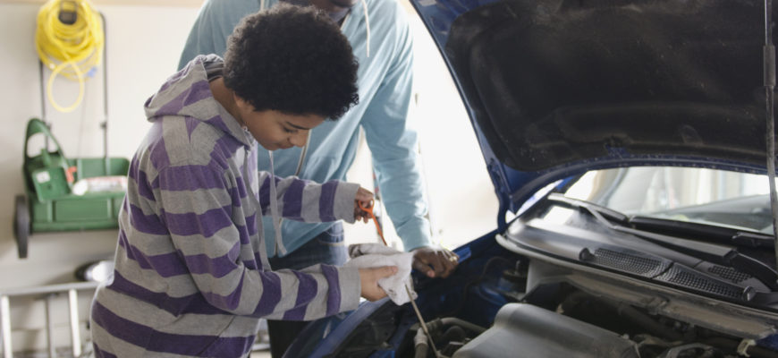 Car Safety Tips To Teach Your Teen
