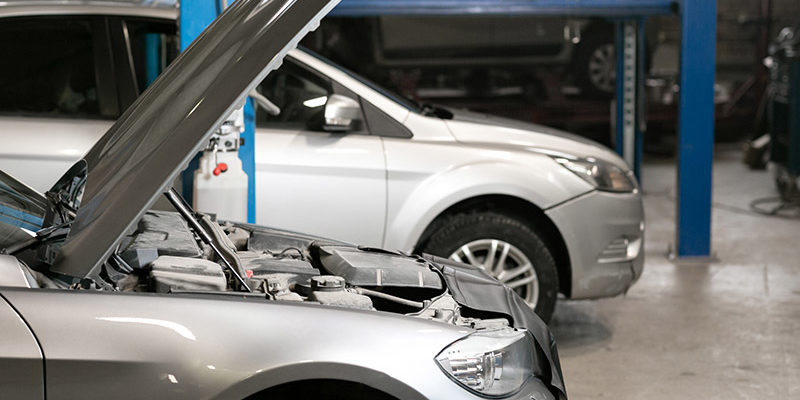 Signs It's Time to Bring Your Car into the Shop